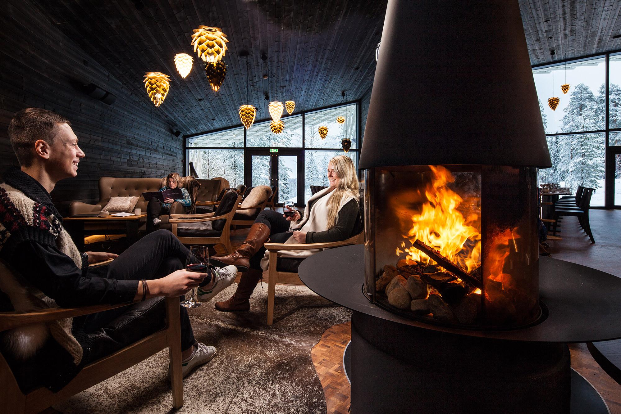 Arctic TreeHouse Hotel Lounge Takka