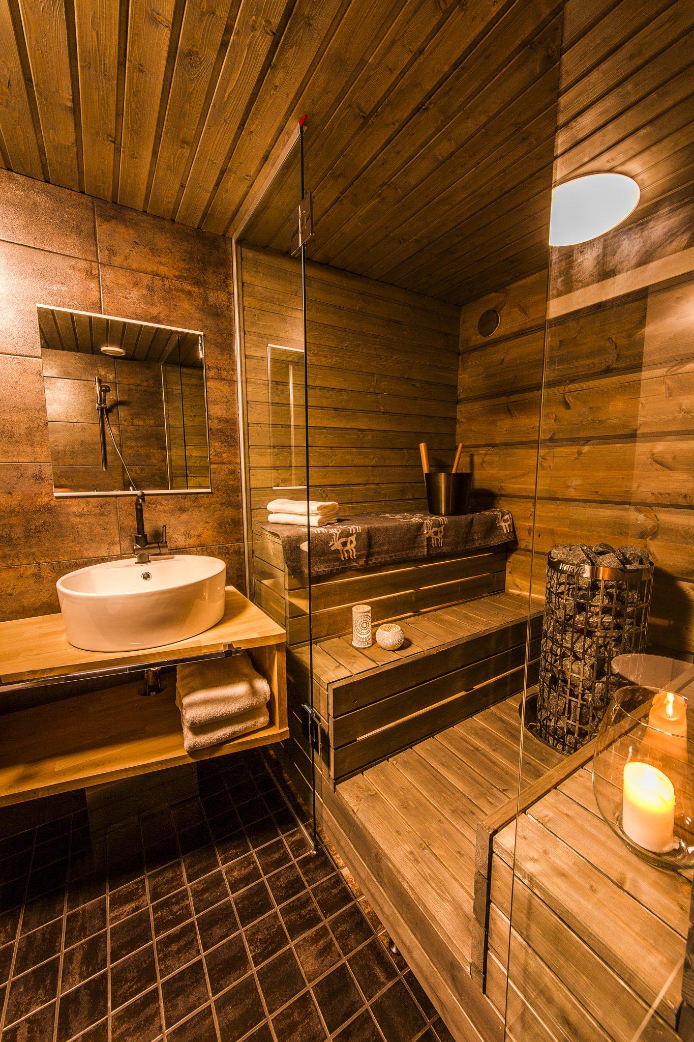 Arctic TreeHouse Suite